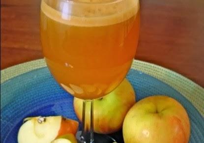 طريقة عمل ماء الصودا مع عصير التفاح