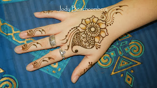 Learn the science and art of henna at Henna 101.