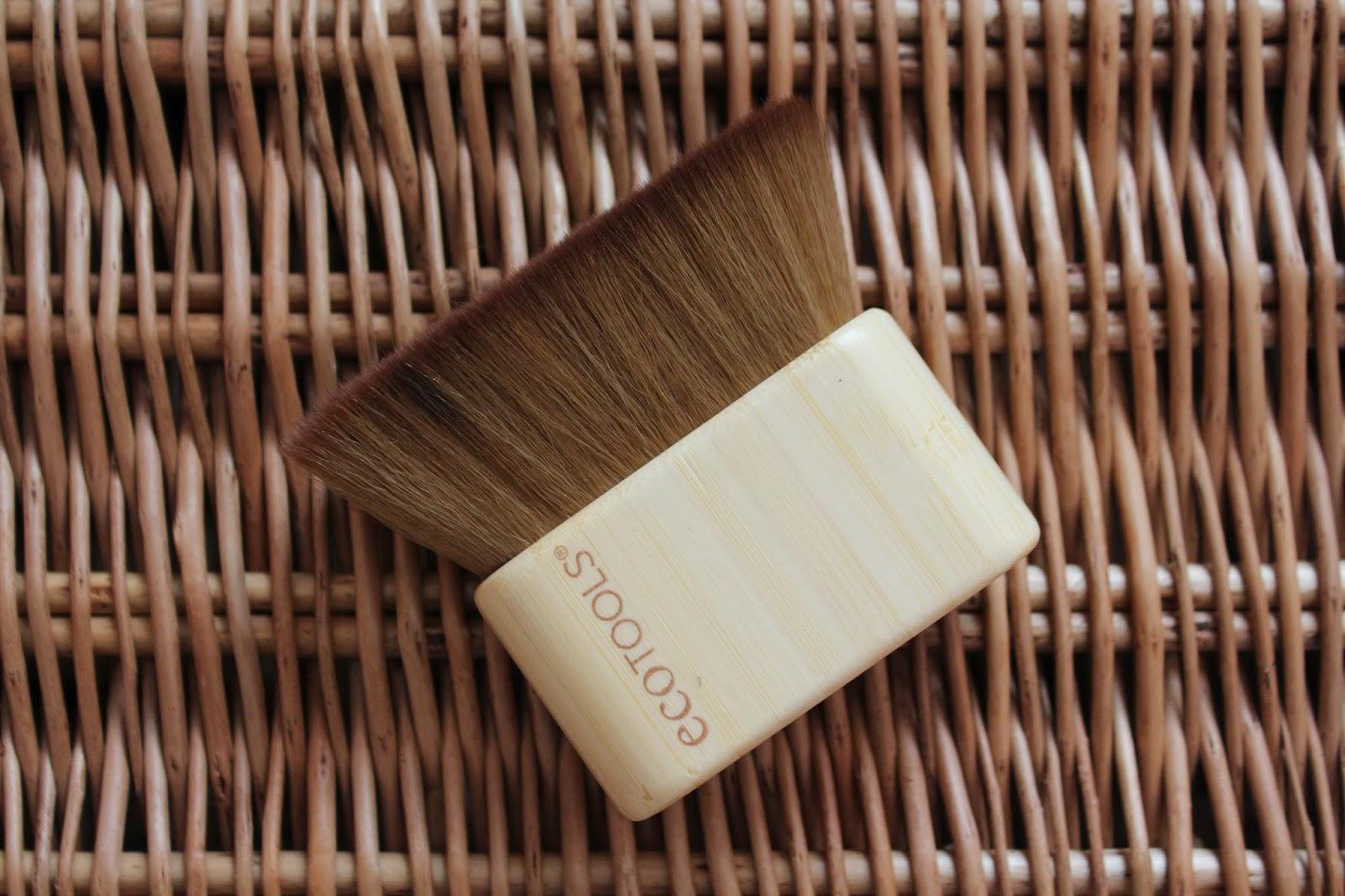 ecotools bronzing brush