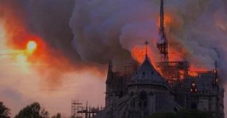 Onisim Botezatu 🔴 Cântec de jale la Notre-Dame!