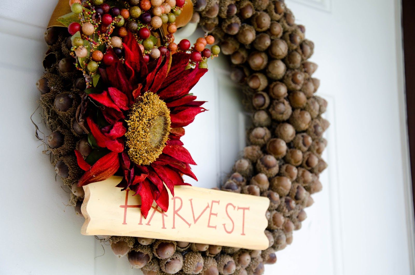 Fall Acorn Wreath Tutorial - Housewives of Riverton