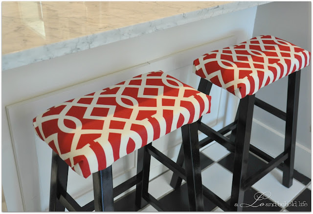 how to recover kitchen stools