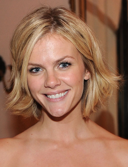 Brooklyn Decker Sexy Summer Hairstyles