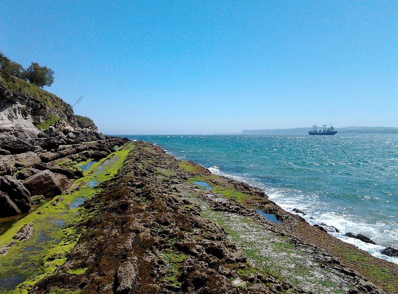 Costa cerca de Cabo Menor