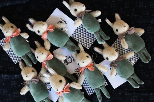 http://1.bp.blogspot.com/-Z7DtiKw_ByE/TsK-defMniI/AAAAAAAAEUY/urtoF3Rq4-o/s1600/rabbit%2Bfriends.jpg