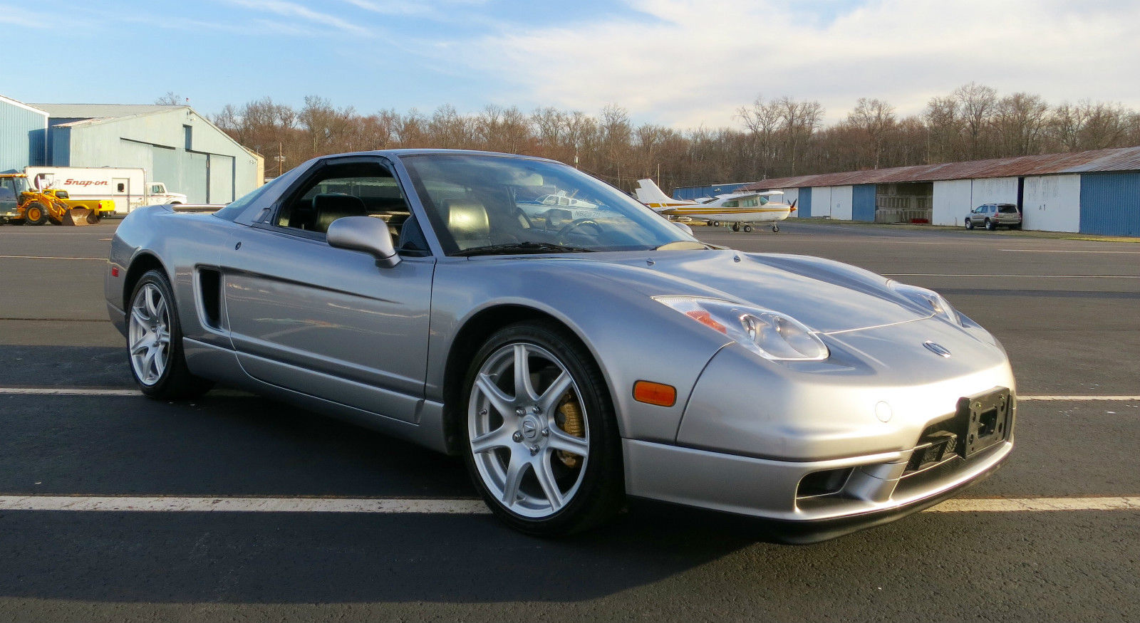 So Much Want 2002 Acura Nsx T With Only 7 5k Miles Carscoops
