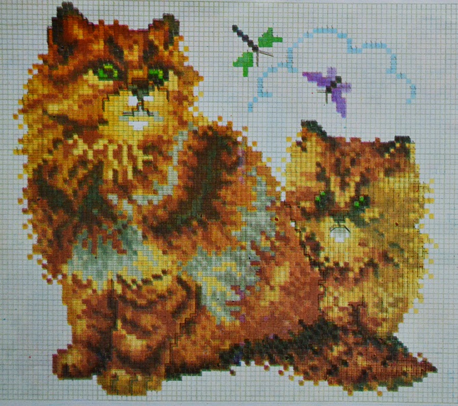 pola sulam kristik dua kucing