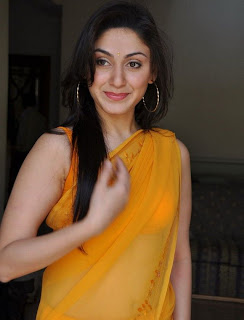 manjari hot boobs in yellow saree