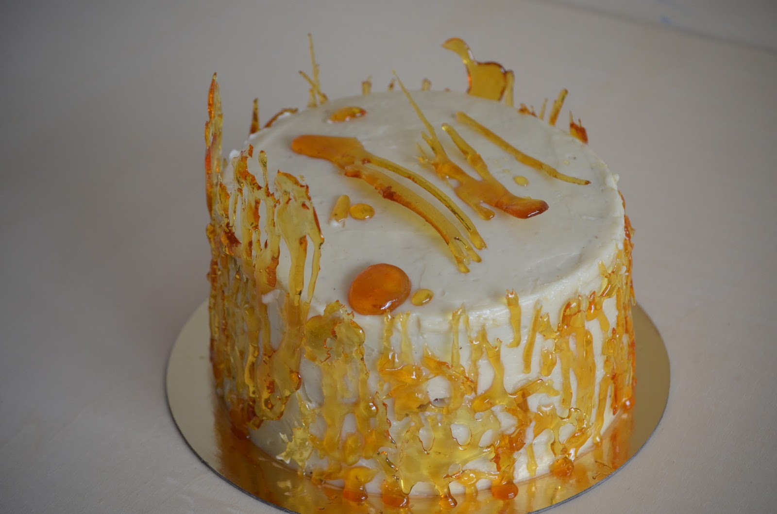 Layer Cake de Vainilla con SMBC de Caramelo y Vainilla