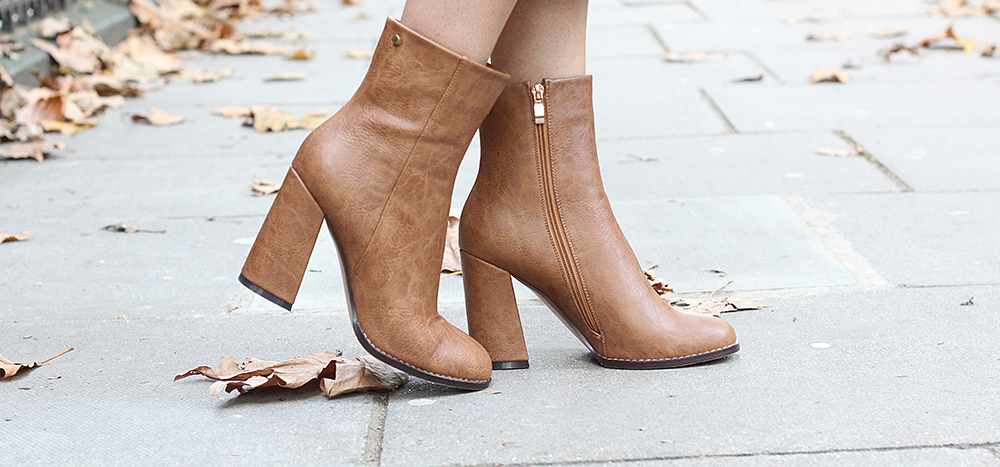 peexo fashion blogger wearing lost ink ankle boots