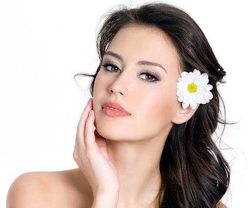 Saiba a ordem correta para aplicar os seus cosméticos