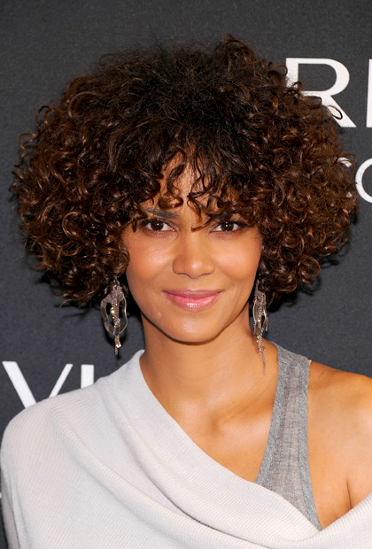 Medium length of hair has many hair styles: SHORT NATURAL HAIRSTYLES ...