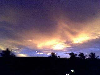 Um lindo pôr do sol.