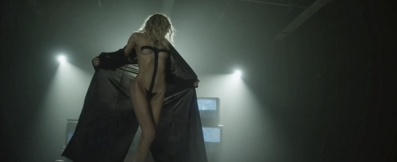 [VIDEO PREMIERE] Heaven Knows (The Pretty Reckless)