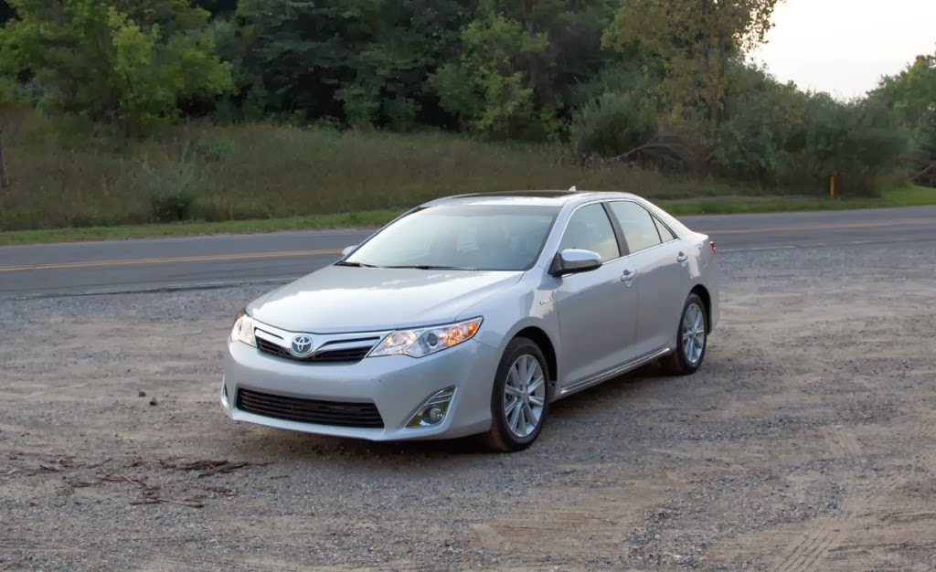2014 toyota camry hybrid wallpapers prices features wallpapers. Black Bedroom Furniture Sets. Home Design Ideas