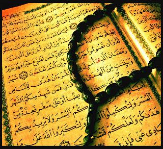 image of koran and prayer beads indicating Islam and Ramadan