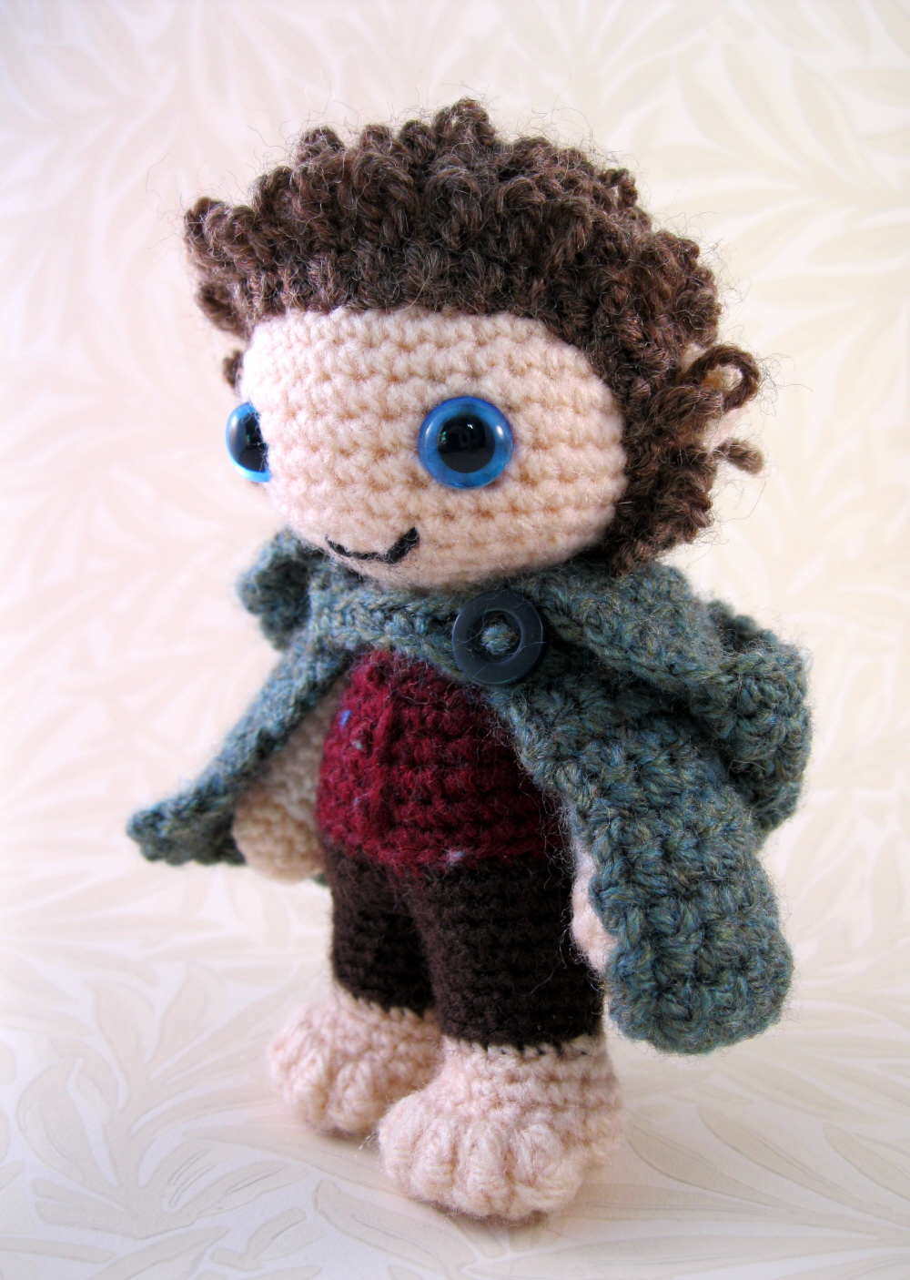 Amigurumi Spiky Hair : LucyRavenscar - Crochet Creatures: Pattern and Yarn Giveaway