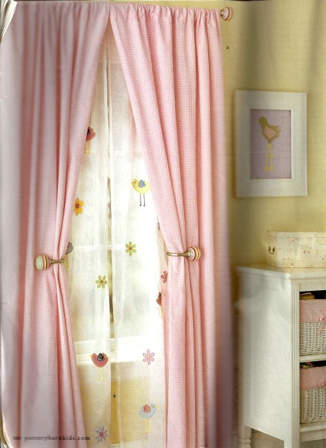 Stylish Settings: Some Bed Curtains - Five Years in the Making
