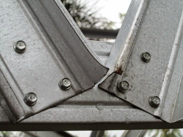 contoh atap baja ringan