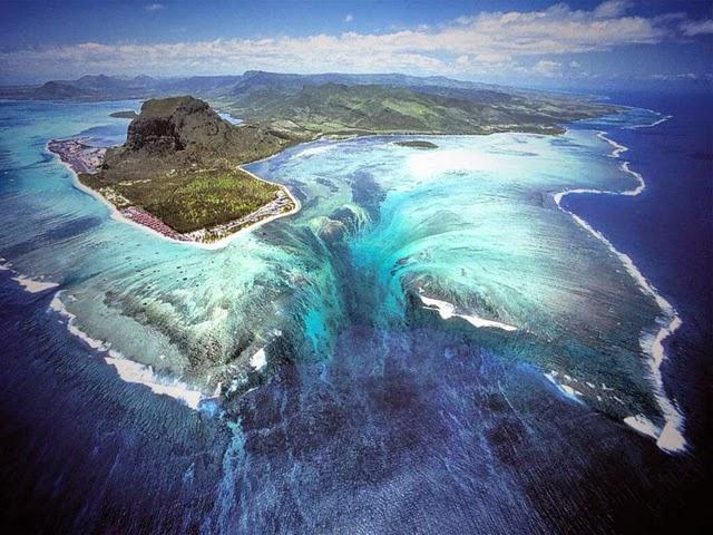 Cascata sottomarina, isole Mauritius