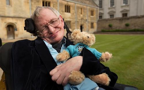 15 frases de Stephen Hawking que vão fazer você ver a vida de uma forma diferente