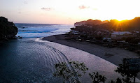 foto sunrise pantai drini