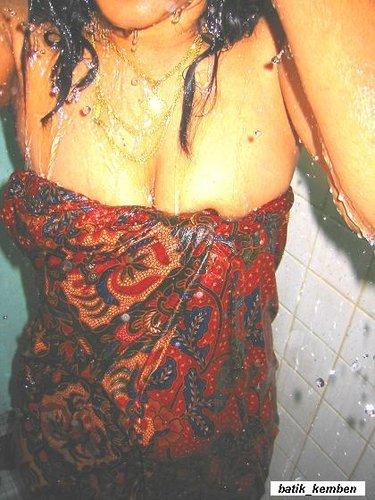 ngintip lagi mandi sma