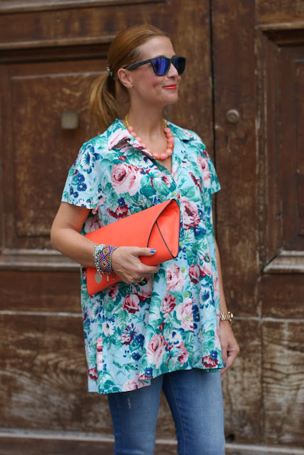 Kenzo floral print, Kenzo shirt, Orange clutch, Fashion and Cookies, fashion blog
