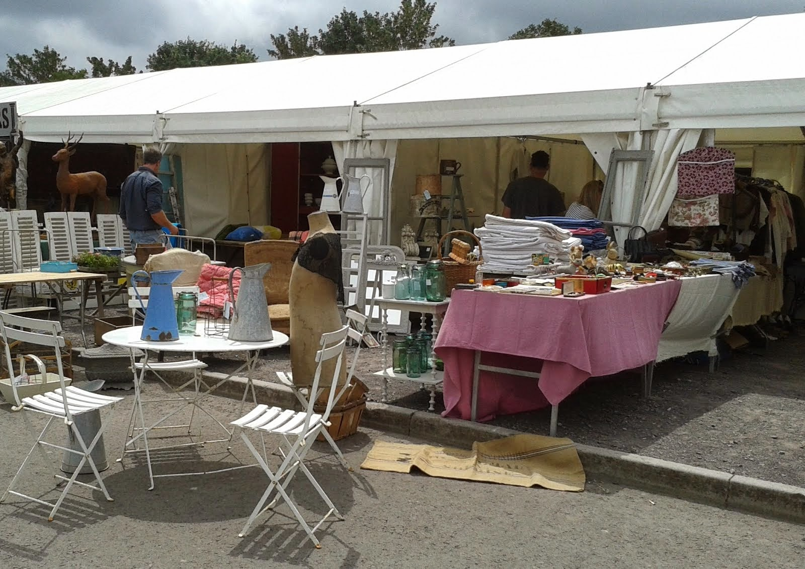 Shepton Mallet iacf Antiques Fair