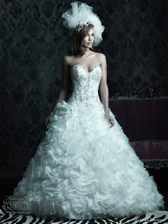 Kleider: Allure Bridals 2013 Herbst