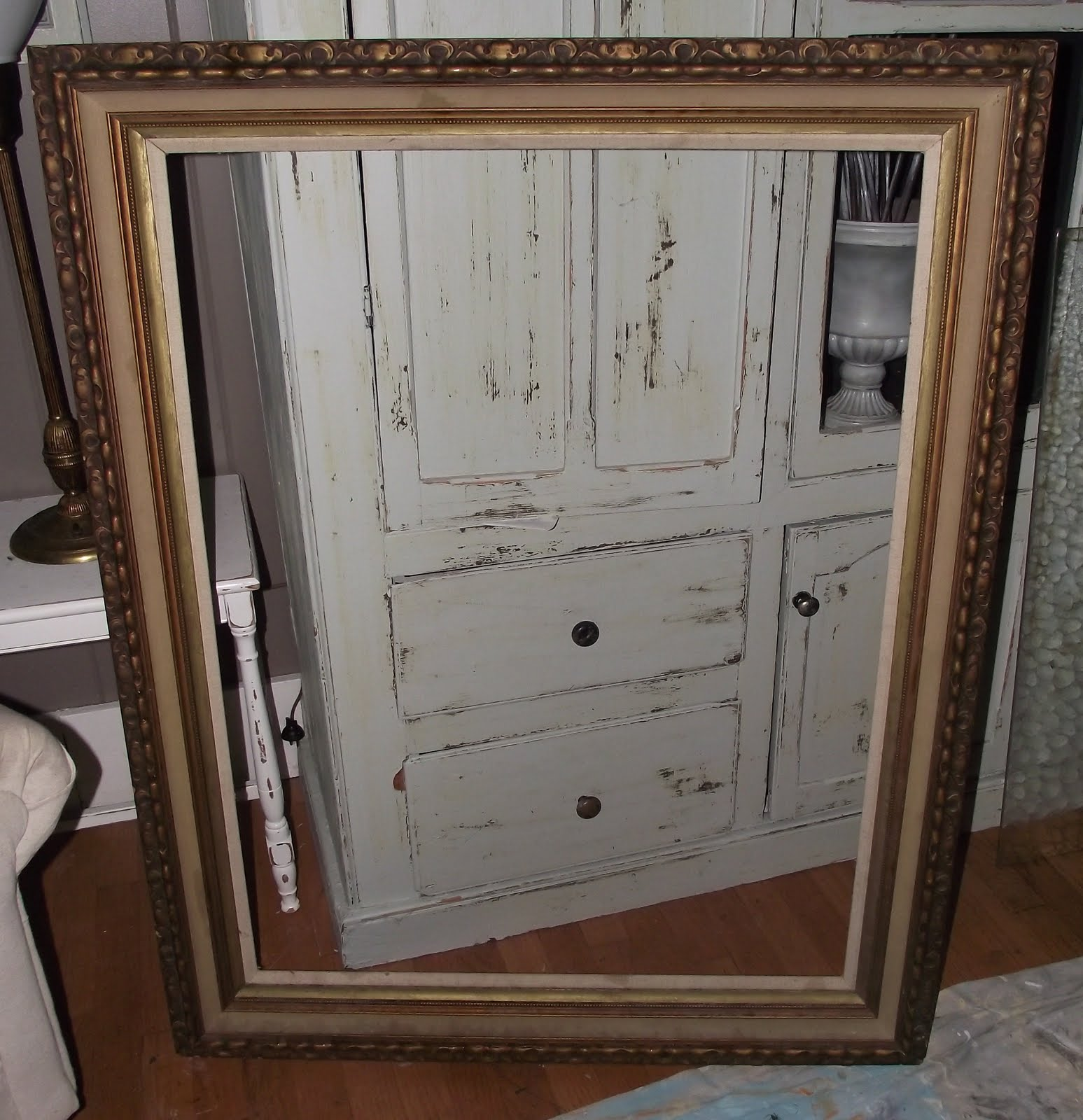Serendipity Chic Design: Shabby chic distressed frame...VEEERY Large!!