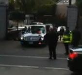 Download Video Mobil Barack Obama Kandas di Polisi Tidur Youtube .com