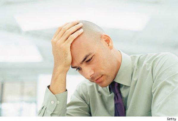 El bálsamo para los cabellos secos estropeados la alimentación y la reconstitución