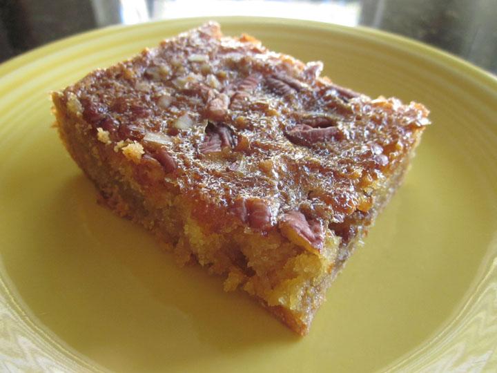 Creatively Domestic: Pecan Pie Surprise Bars