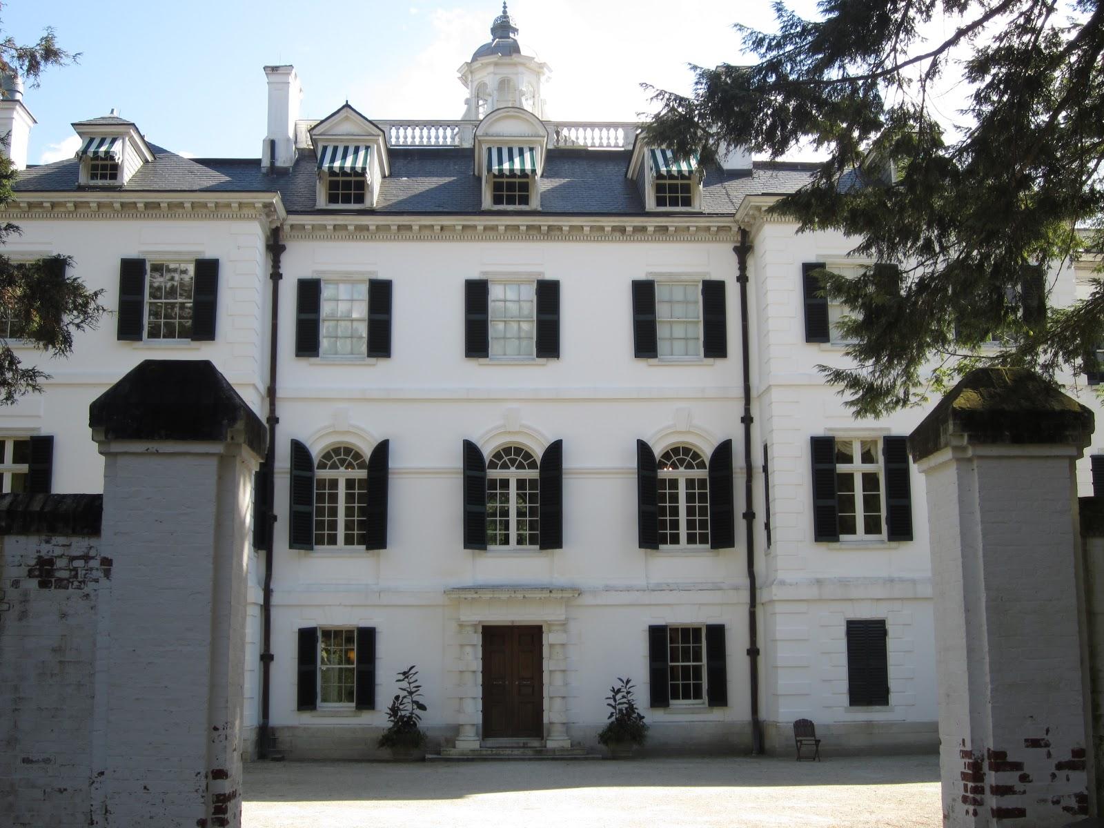http://1.bp.blogspot.com/-Z9isaN96cok/UIhdKShdwYI/AAAAAAAABdw/tYI3uO9PJ8c/s1600/Edith+Wharton\'s+home+in+Lenox,+The+Mount.JPG