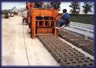 Fabricas de bloques fijas y moviles. ( Ponedoras ).