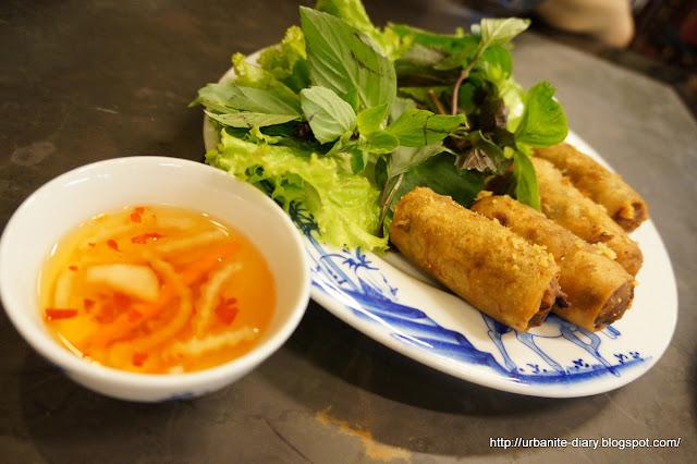 Sassy Urbanite's Diary: Ho Chi Minh 102 - Quan An Ngon 138 Restaurant