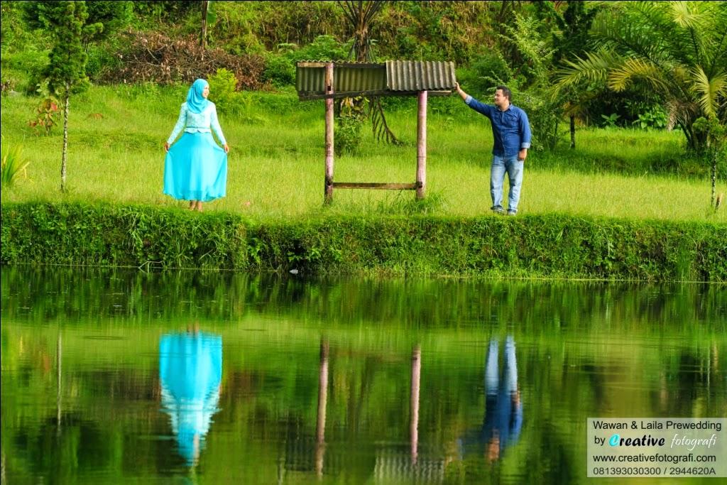 lokasi menarik foto prewedding di solo bertema kasual santai