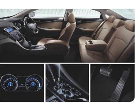 Mobil Hyundai Sonata dapatkan diskon, bonus dan hadiah menarik. Harga