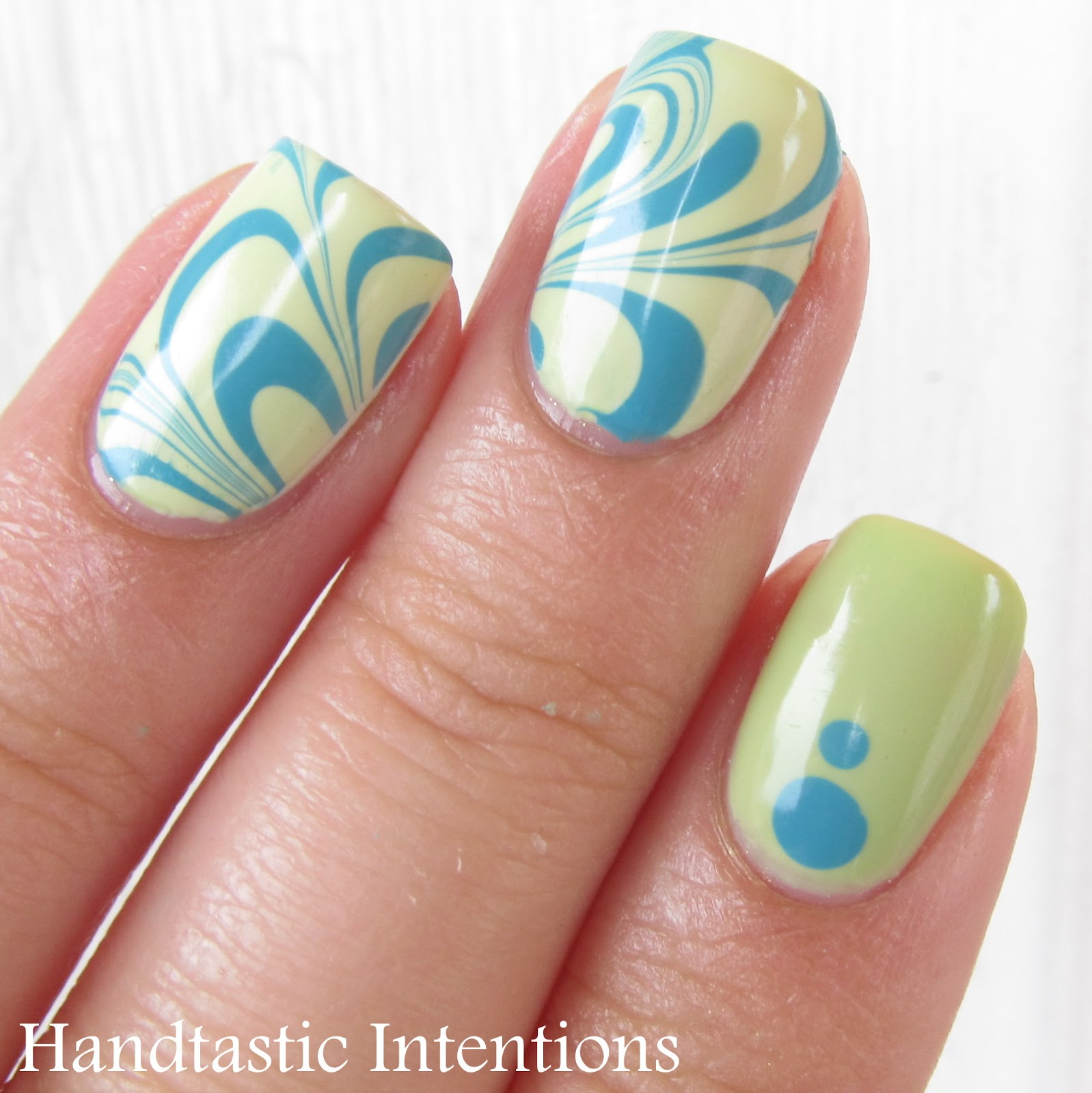 Nail-Art-Water-Marble-Turquoise-Green-4