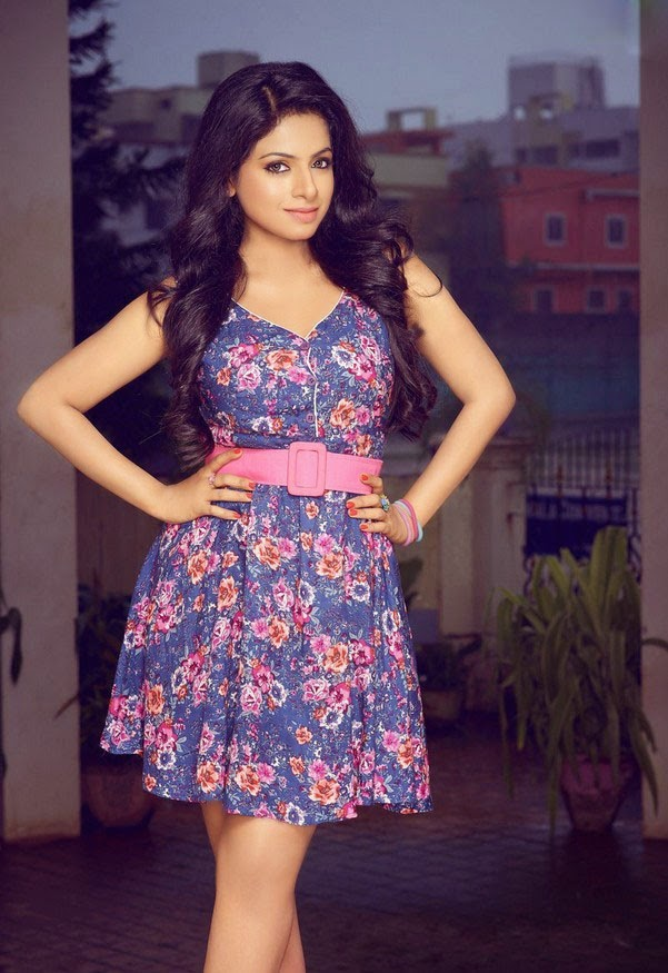 aishwarya menon new stills