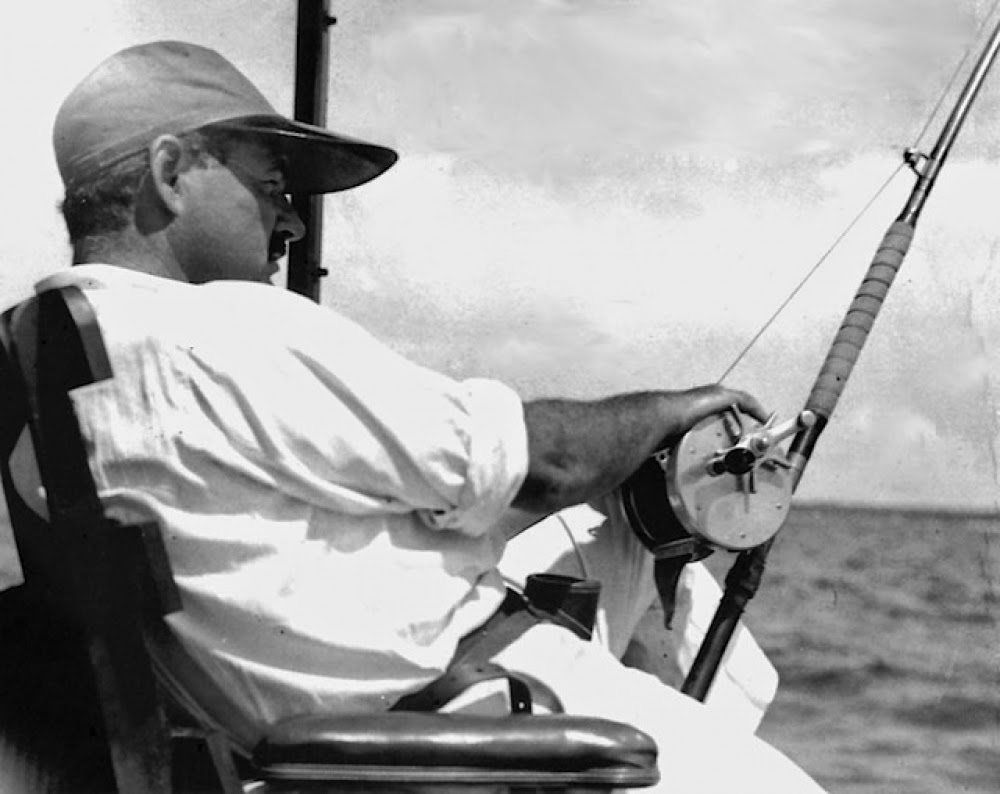 baugh s blog photo essay pilar hemingway s boat at finca vigia hemingway deep sea fishing on the pilar in 1934