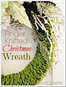 Easy Finger Knitted Christmas Wreath
