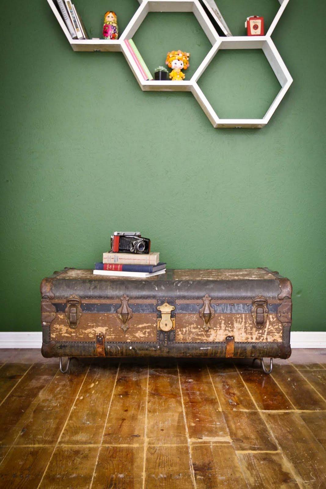 ... Dingaling Vintage----->: Vintage Suitcase Coffee Table #7