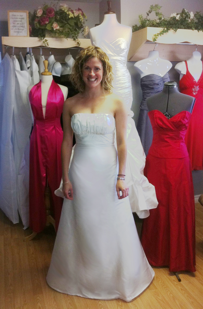Toronto Wedding Gowns | Bridal Alterations Professional Wedding Dress Alterations Service In ...