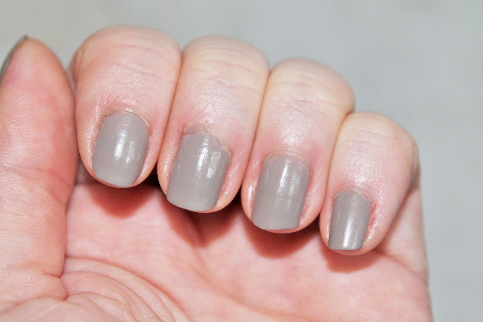 Christina Adores...: #ManicureMonday - Mary Kay in Gallery Gray