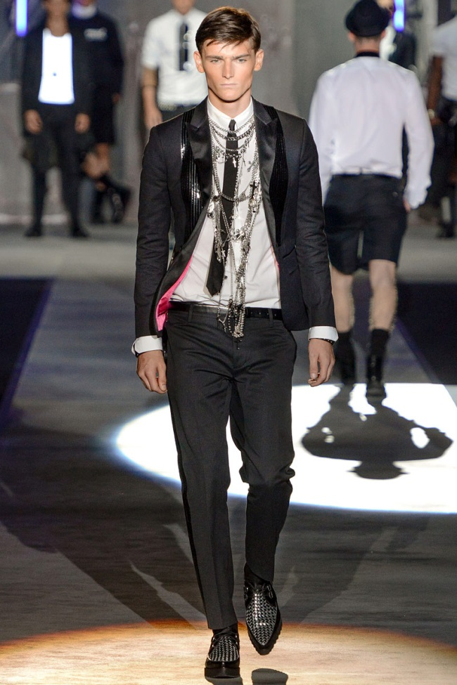 Look SS 13 DSquared2
