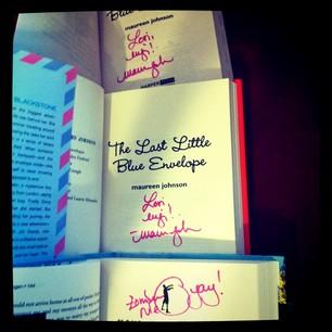 signed Maureen Johnson books