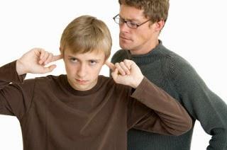 ¿Como tengo que tratar con mi hijo adolescente?