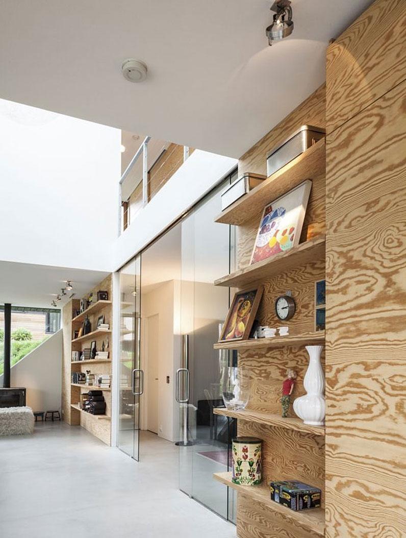 Glass doors in Modern Villa V by Paul de Ruiter Architects